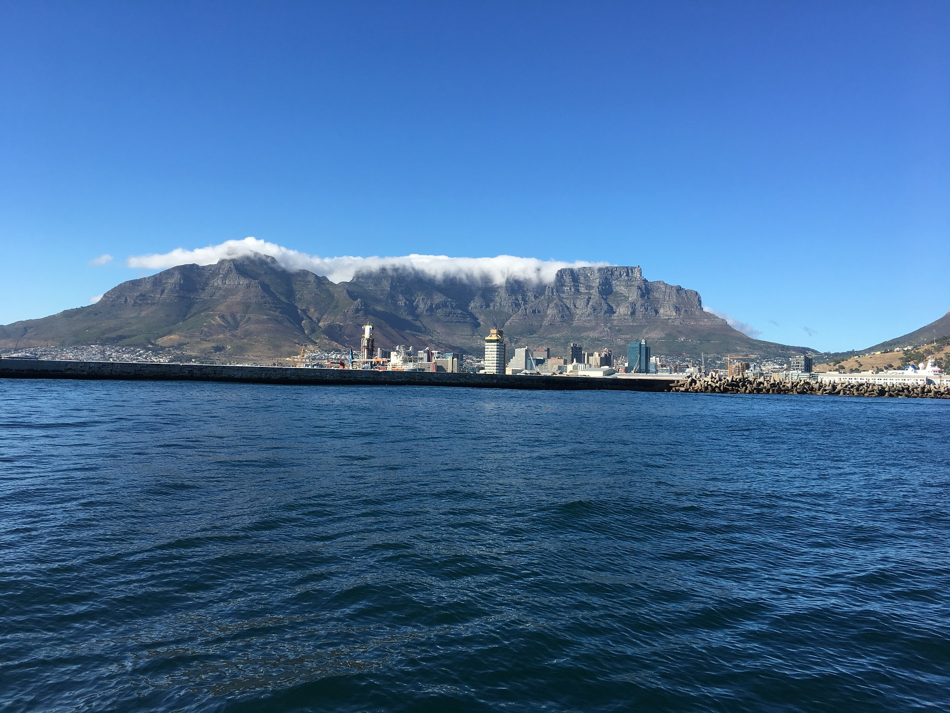 6 Awesome Things To Do In Cape Town, South Africa!